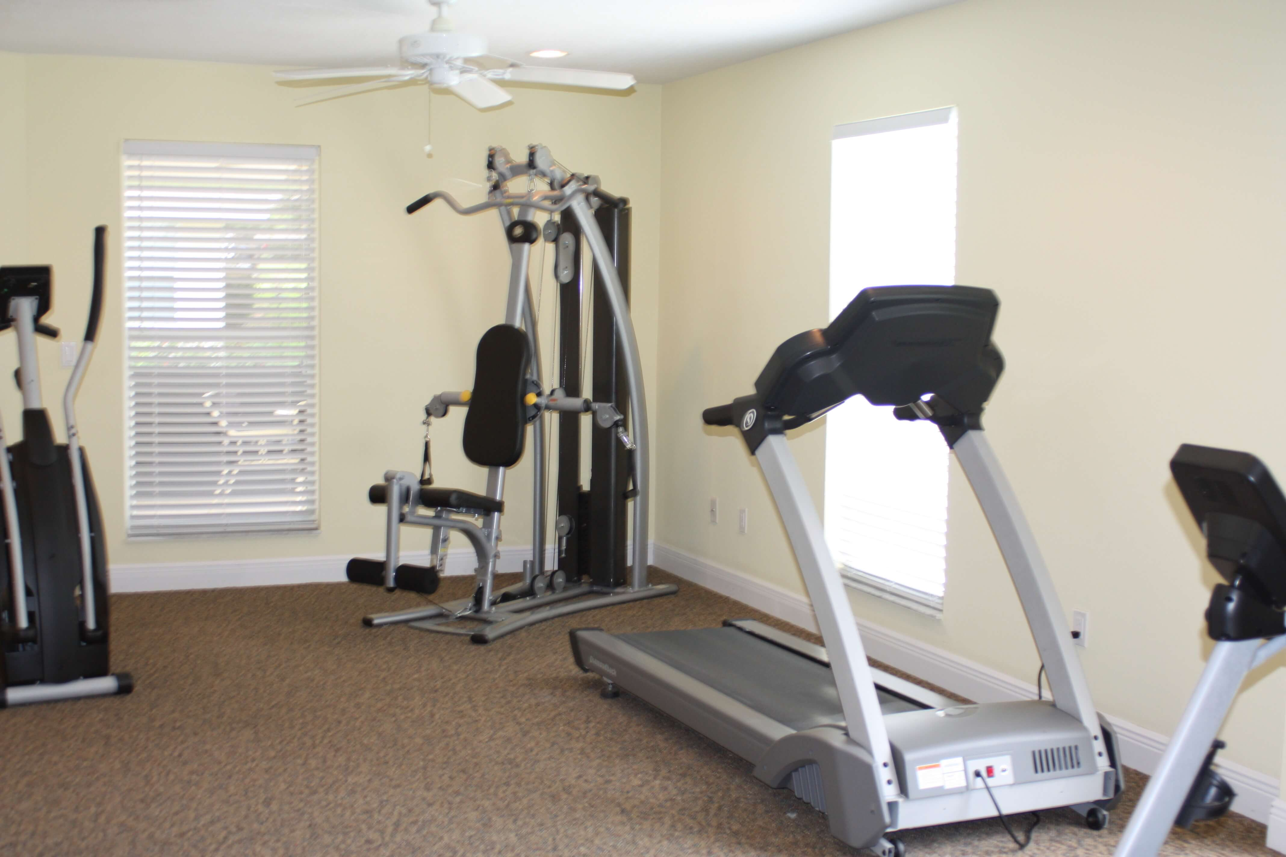 Fitness-Center_Independent-Living_The-Cove-at-Tavares-Village - The ...