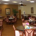 Senior Living Dining Room at The Cove at Tavares Village in Tavares, FL